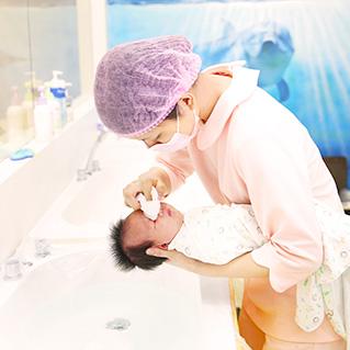新生兒護理